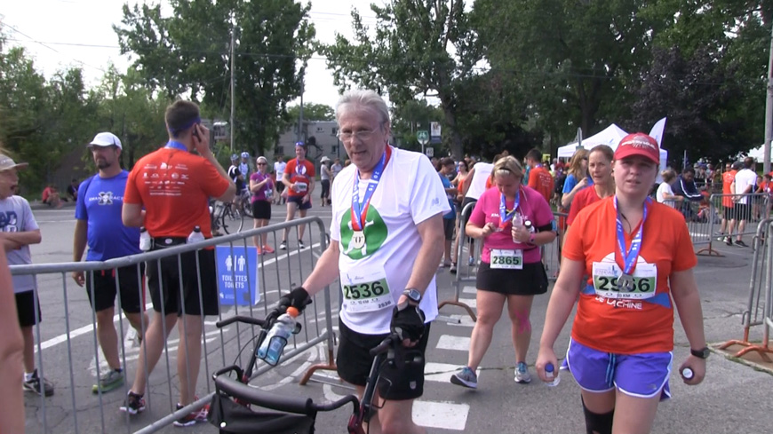Bob Hardy races 10 KM at Lachine Half Marathon